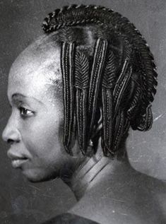 10 African Threading Hairstyles Ladies Should Try Out This Weekend African Hairstyles, Afro Hairstyles, Vintage Hairstyles, Hairstyles With Bangs, Black Hairstyles, African Threading, Hair Threading, Bangs With Medium Hair, Medium Hair Styles