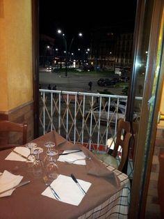 Pizzeria da Pasqualino a Piazza Sannazzaro - Sala principale