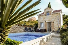 Villa with gorgeous pool can accommodates people in two little houses, divided in 3 lovely suites; Stylish Villa with Pool in Town Supetar, Island Brac Big Houses, Little Houses, Outdoor Swimming Pool, Swimming Pools, Croatia Tours, Mediterranean Plants, Split Croatia, Summer Kitchen, Stone Houses