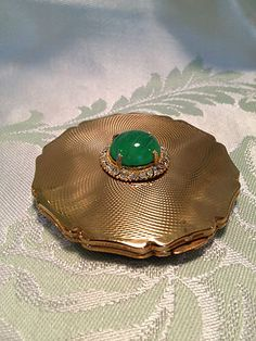 Vintage Stratton Powder Compact Diamond Cut Cabochon Diamonds England ❤❤❤