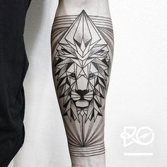 By RO. Robert Pavez • Lion IV - Geometrics dots / inner arm • Bokning. Vid intresse, skicka ett mail till robert@roblackworks.com ⚫️ Please! Do Not Copy ® • Studio Nice tattoo - Stockholm - Sweden...