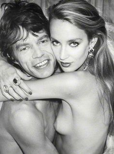 Mick Jagger Jerry Hall by Norman Parkinson Mick Jagger, Norman, Jerry Hall, Stars Nues, Famous Couples, Celebrity Couples, Hollywood Couples, Famous Faces, Studio 54