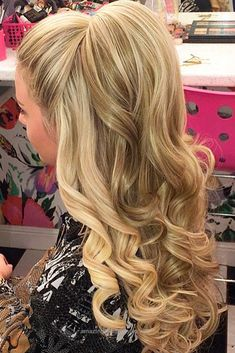 Unbelievable Gorgeous Christmas Half Up Half Down Hairstyles for Long Hair ★ See more:  lovehairstyles.co…   The post  Gorgeous Christmas Half Up Half Down Hairstyles for Long Hair ★ See more: love… ..