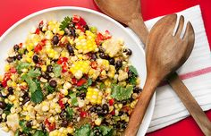 Corn, Black Bean and Quinoa Salad: meet your new favorite party-pleasing salad!