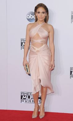 ELLE - November 23, 2014 - At the 2014 American Music Awards. - Getty