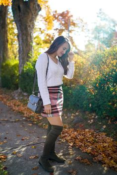 Plaid High-Waisted Skirt (Covering the Bases) Fall Skirts, Plaid Skirts, Prep Style, My Style, Nyc Blog, Preppy Outfits, Work Wear, What To Wear, Leather Skirt