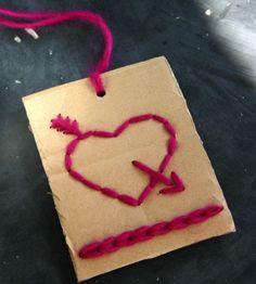 VALENTIJN | Een stukje karton, draad, priknaald en naald . Door karientje