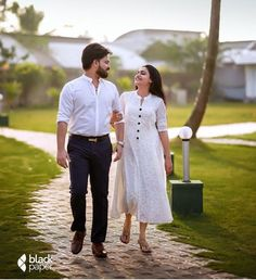 Pre Wedding Photoshoot, Photoshoot Ideas, Couple Shoot, Just Married, Couple Goals, Cute Couples, White Dress, Photo Ideas, Instagram
