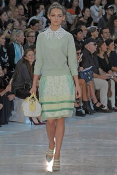 Louis Vuitton on the catwalk shows off a complete preppy style. The collars pattern absolutely pops out and fits in with the shifty silk skirt with the pattern underneath. I also love the tones of greens throughout the outfits, so feminine and faultless.