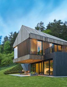 New house modern exterior design woods Ideas Minimalist House Design, Minimalist Home, Modern House Design, Minimalist Window, Facade Architecture, Contemporary Architecture, Residential Architecture, Modern Contemporary, Modern Exterior