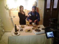 Una ottima #location per registrare una puntata culinaria può essere un ristorante o un agriturismo :)  #guardachice #ristorante #agriturismo #marche