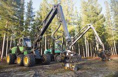 John Deere 1270E wheeled harvester, Timberjack 1270C wheeled harvester | Reid Logging | Hitachi Construction Machinery Australia