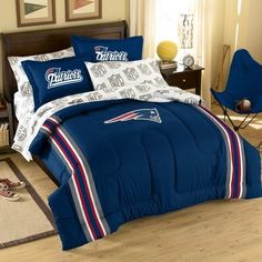 NFL New England Patriots Bed in Bag Bedding Set Twin Size http://www.ebay.com/itm/NFL-New-England-Patriots-Bed-Bag-Bedding-Set-Twin-Size-/261070464517?pt=US_Bed_in_a_Bag=item3cc9032605#   #NFL #Football #Sports #Bedding