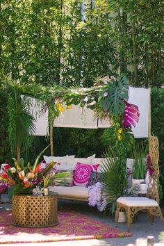 New Hawaiian Bridal Shower Ideas Beach Themes Tropical Weddings 51 Ideas Tropical Bridal Showers, Beach Bridal Showers, Bridal Shower Rustic, Tropical Weddings, Tropical Party, Tropical Decor, Tiki Wedding, Wedding Favors, Wedding Souvenir