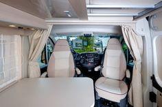 Globe-Traveller Pathfinder to linia modelowa, składająca z trzech wersji nadwozia polskiego kampera. Testujemy najkrótszą z nich - model Pathfinder XS... Washing Machine, Globe, Home Appliances, Motorhome, Model, House Appliances, Speech Balloon, Rv, Camper