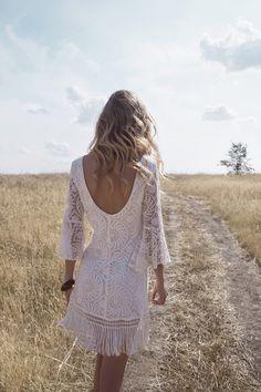Lookbook - Estalot   www.estalot.com #estalot #style #fashion #dress #ss16