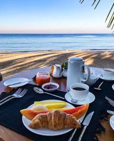 Breakfast at Ngapali Beach, Myanmar by 💙✨ Breakfast Picnic, Breakfast On The Beach, Great Breakfast Ideas, Breakfast Pictures, Breakfast Buffet, The Breakfast Club, Morning Breakfast, Coffee Time, Morning Coffee