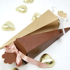 Fill these gorgeous favor cones with our eco-confetti or flower petals for guests to shower the bride and groom.  They can even be filled with candy or lavender buds to give as wedding favors or bridal shower favors.