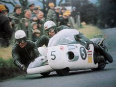 Peter Rutterford-pass & Horst Owesle-driver, URS, 1971
