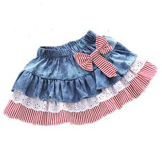 New sewing baby skirt children Ideas Baby Girl Skirts, Baby Girl Tutu, Baby Skirt, Little Dresses, Little Girl Dresses, Baby Dress, Baby Girls, Denim And Lace, Toddler Outfits