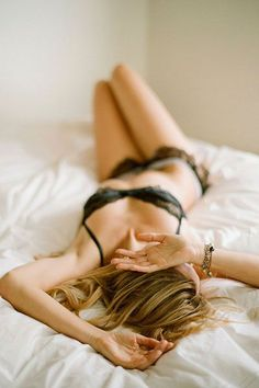 40 Boudoir Photography Ideas for Valentine's Day