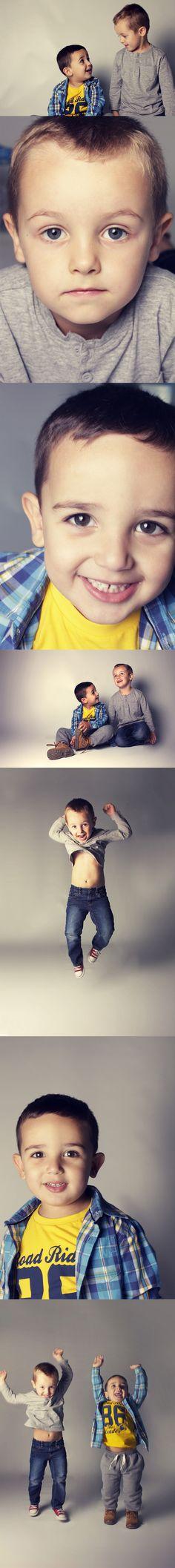 """Por fín, después de más de un año, hemos conseguido hacer alguna foto a la """"manteca"""" y Omar, madre mía que caos de casa, como es ese refrán... """" en casa de el herrero..."""", pues nosotras le llevamos a rajatabla."""