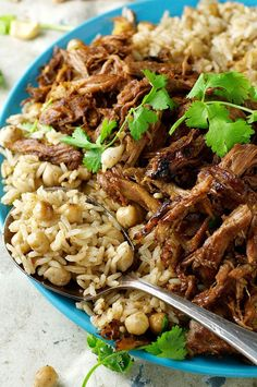 The best I've ever made! Middle Eastern Shredded Lamb with Chickpea Pilaf (Rice) - easy and fast to prepare, with everyday ingredients. Rice Recipes, Meat Recipes, Indian Food Recipes, Cooking Recipes, Healthy Recipes, Ethnic Recipes, Slow Cooking, Arabic Recipes, Healthy Lebanese Recipes