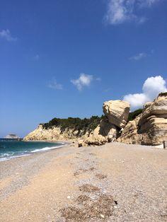 Fourny Beach, Rodes