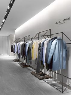 Retail Design #white #minimal #retail