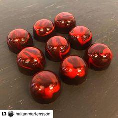 #Repost @hakanmartensson  Watchers    #whiskeybonbons  #bakelikeaproyoutube #instagood #instagram #chocolate