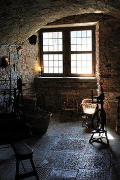 Chateau de Lavaux-Sainte-Anne, looks like my future guitar workshop