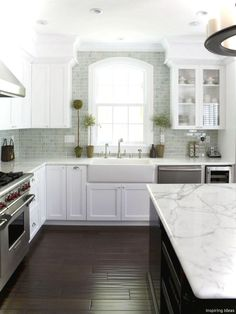 69 Luxury White Cottage Kitchen Cabinets Ideas 64