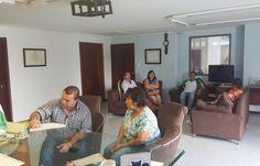 Alcalde Henry Arias continúa recibiendo la comunidad en su despacho
