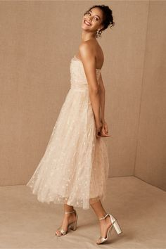 Glittering stars embellish layers of lightweight tulle on this eye-catching, strapless midi. Joanna August, Holiday Party Dresses, Holiday Parties, Bridal Separates, Bhldn, Party Looks, Brides And Bridesmaids, Dream Wedding Dresses, Playing Dress Up