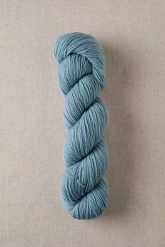 Quince & Co. Finch / American wool yarn, fingering weight (color bird's egg)