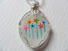 Flores arco iris collar de cristal de mar por ShePaintsSeaglass
