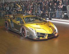 Lamborghini Veneno: the MSN Cars verdict from the Geneva Motor Show 2013 - Lamborghini Veneno at Geneva Motor Show 2013 - MSN Cars UK