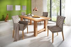 Wunderschöner Esstisch im Landhausstil, aus FSC®-zertifizierter Wildeiche, in der Farbe white/washed. Mit einer massiven, 4cm dicken Oberplatte mit massiven Holzfüßen. In 4 Größen. Alle Maße sind ca.-Maße. Selbstmontage mit Aufbauanleitung.   Details:  4 cm starke Tischplatte, FSC®-zertifiziertes Massivholz, In verschiedenen Größen, Pflegeleichte Oberfläche, rechteckige Tischplatte, Das Holz is...