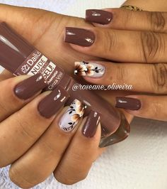 35 Fotos de Unhas decoradas outono – Passo a passo Fall Nail Art Designs, Creative Nail Designs, Shellac Nails, Manicure And Pedicure, French Nails, Ongles Beiges, Thanksgiving Nails, Fall Acrylic Nails, Pretty Nail Art