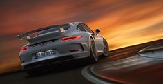 2013 Porsche 911 GT3 Overview