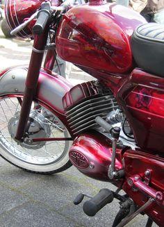 Vespa, Vehicles, Motorbikes, Nice, Wasp, Hornet, Vespas, Car, Motorcycles