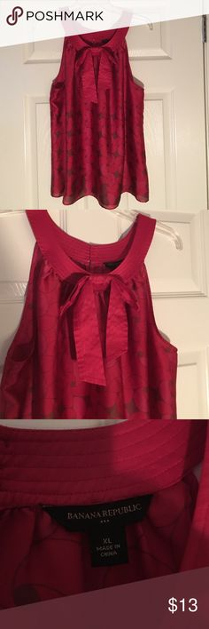 Red Banana Republic top Great condition! Banana Republic Tops