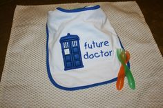 Doctor+Who+Tardis+Applique+Bib+Dr+Who+Baby+by+BlueBirdPatchworks,+$12.50