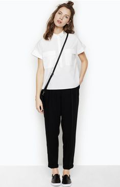 Minimal Fashion Style Tips. Minimal fashion Outfits for Women and Simple Fashion Style Inspiration. Minimalist style is probably basics when comes to style. Casual Summer Dresses, Trendy Dresses, Casual Outfits, Dress Casual, Dress Summer, Casual Pants, Preppy Casual, Summer Clothes, White Casual