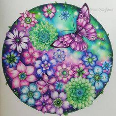 The Space Garden. Magical Jungle by Johanna Basford. . . . . #johannabasford #magicaljungle #lostocean #secretgarden #enchantedforest #art #spaceart #ivyandtheinkybutterfly #adultcolouring #adultcoloring #coloriage #coloriagepouradulte #desenhoscolorir #coloring_secrets #divasdasartes #jardimcolorido #大人の塗り絵 #塗り絵の本 #colorindomeujardimencantado #johannabasford_repost #boracolorirtop #colouringbook #colorindolivrostop #inspiracaojardimsecreto #artecomoterapia #大人のぬりえ #bayan_boyan…