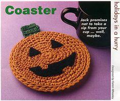 Ravelry: Jack-O-Lantern Coaster pattern by Karen Ratto-Whooley . ☀CQ #crochet #halloween #jackolantern #crafts #DIY