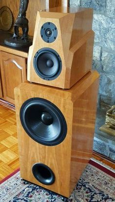 DIY Speakers With Odyssey Dual Mono Stratos + Tempest<br> Big Speakers, Monitor Speakers, Home Speakers, Bookshelf Speakers, Bluetooth Speakers, Audiophile Speakers, Hifi Audio, Audio Box, Speaker Box Design