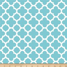 Riley Blake Medium Quatrefoil Aqua from @fabricdotcom  Designed by the RBD Designers for Riley Blake Designs, this cotton print is perfect for quilting, apparel and home decor accents. Colors include aqua and white.