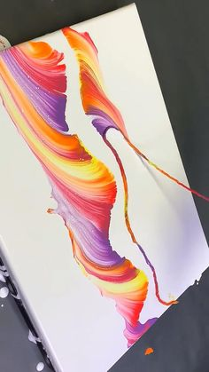 Drip Painting, Paint Drip Art, Easy Canvas Art, Acrylic Pouring Art, Canvas Art Paintings, Canvas Painting Designs, Canvas Painting Tutorials, Painting Videos, Colorful Paintings Abstract