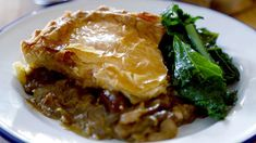 Hairy bikers - Here's a warming pie made with chestnuts, mushrooms and marsala wine. You could use white wine, red wine or vermouth if you don't have any marsala to hand. Dried Mushrooms, Stuffed Mushrooms, Stuffed Peppers, Veggie Recipes, Vegetarian Recipes, Veggie Meals, Bbc Recipes, Savoury Recipes, Roast Recipes